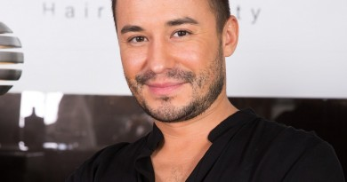 Adrian Perjovschi - coafuri (1)