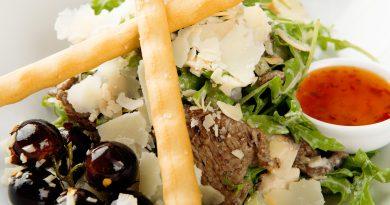 salata-vita-cu-iaurt-thai-a-la-mon-paris