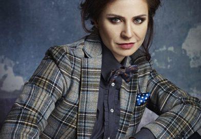 """Adina Buzatu, pentru prima data in aceasta postura: Cine-i """"fura"""" meseria celebrului stilist?"""