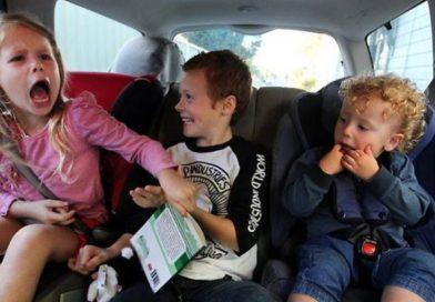 Siguranţa copilului nostru în maşină. Greşeli frecvente ale părinţilor