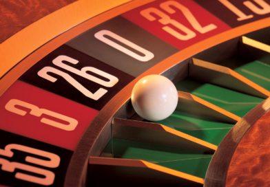 Unde jucam la cazino: online sau la cazinouri terestre?