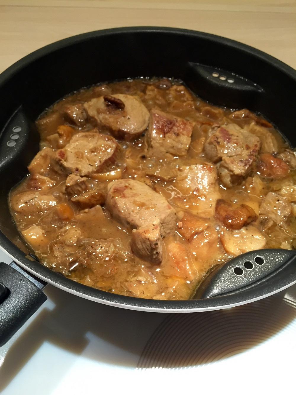 Muşchiuleţ de porc cu hribi şi muşuroi de cartofi prăjiţi RETETE DE SANATATE (8)